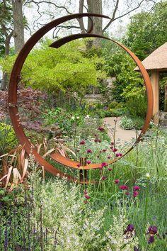 garden sculpture The Mamp;G Centenary Garden Windows through Time - a celebration of 100 years of Chelsea garden design, designed by Roger Platts, Gold medal winner, RHS Chelsea Flower Show