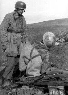 Ww2 • German Paratroopers near Nettuno • Italy 1944
