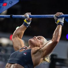 Seriously Strong Women Who Will Make You Want to Try CrossFit Crossfit Games, Crossfit Athletes, Crossfit Box, Sara Sigmundsdottir, 007 Casino Royale, Crossfit Photography, Fitness Motivation Photo, Sport Top, Best Cardio Workout
