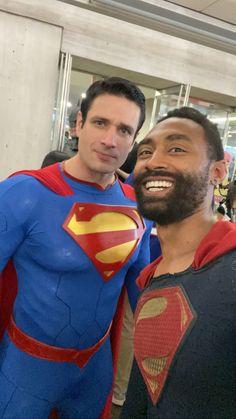 #supermancosplay #blacksuperman #manofsteelcosplay Superman Cosplay, Dc Cosplay, Black Superman, Superman Logo, Val Zod, Superman Movies, Clark Kent, Man Of Steel, Storytelling
