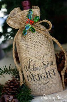 Burlap Wine Bottle Bags - 12 Handmade DIY Christmas Gifts   GleamItUp