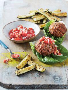 Spiced pork and quinoa burgers Quinoa Mix, Quinoa Burgers, Quinoa Salad Recipes, Healthy Recipes, Yummy Recipes, Small Tomatoes, Tasty, Recipes