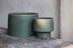 청록라인~  .  #artwork #pottery #ceramics   #handcrafted #handmade   #homedecor #tableware   #instapottery #lifestyle   #kinfolk #vintage #craft   #design #living #interior   #chef #공예 #리빙 #디자인  #도자기 #인테리어 #그릇  #라이프스타일 #핸드메이드   #clay #art #studio #인테리어   #kwonjaewoo   #권재우