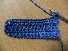 stokjes haken Friendship Bracelets, Textiles, Knitting, Crochet, Diy, Tricot, Bricolage, Breien, Stricken