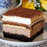 Prajitura cubaneza Romanian Desserts, Romanian Food, Cookie Recipes, Dessert Recipes, Cheesecake Cookies, Food Cakes, Something Sweet, Sugar And Spice, Bakery