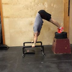 """""""Developing a full deficit Strict Handstand push-up, here is a very simple yet very effect scale to develop the full range of motion ( ROM) for a deficit…"""""""
