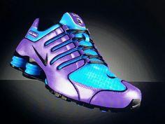 Customized Nike Shox Mens Nike Shox, Nike Shox Shoes, Nike Shoes Outfits, Sneakers Fashion, Shoes Sneakers, Shoes Heels, Fashion Outfits, Georgia Bulldog Shoes, Cute Shoes