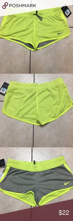 NWT Nike Dri Fit active reversible shorts Medium Reversible Nike woman's shorts can be worn 2 different ways. Nike Shorts Skorts