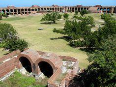 Fort Jefferson: une prison du XIXe siècle dans un décor paradisiaque.