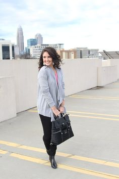 """Winter casual outfit - grey cardigan - black backpack - City chic - How 2 Wear It 