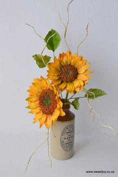 SUNFLOWERS made from gunpaste  #sugarflowers #gumpasteflowers #sunflower Gum Paste Flowers, Sugar Flowers, Sunflowers, Glass Vase, Joy, Candy, Crystals, Home Decor, Decoration Home