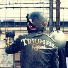 Seeing the flowers scream their joy Triumph Cafe Racer, Triumph Scrambler, Cafe Racer Motorcycle, Motorcycle Leather, Triumph Bonneville, Motorcycle Outfit, Triumph Motorcycles, Vintage Motorcycles, Triumph Logo