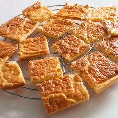 Koolhydraadarme Oopsies. Ze zijn een ideale broodvervanger! Je kan ze gebruiken bij het ontbijt of bij de lunch.