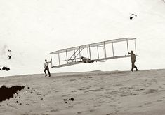 In the Wright Brothers began experiments with self-designed & -built gliders at Kitty Hawk, N Carolina. Kitty Hawk North Carolina, Hermanos Wright, North Carolina Beaches, Walk The Earth, Vintage Airplanes, Back In Time, High Resolution Photos, Photo Archive, Gliders