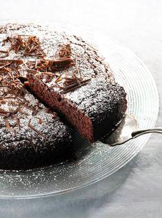 Something Sweet, Macarons, Fudge, Tiramisu, Baking, Ethnic Recipes, Desserts, Food, Drinks