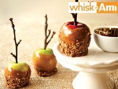 Honey Caramel Dipped Apples | Recipes | Kosher.com Honey Caramel, Caramel Dip, Caramel Apples, Apple Recipes, Sweet Recipes, Apple Dip, Rosh Hashanah, Vegan Butter, A Food