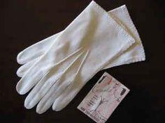 Gloves, Vintage Crescendoe, White, Short - $20 (Savannah)