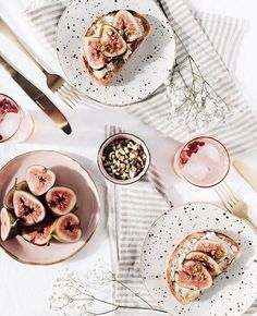 It's still early but we're already thinking about what we'll have for brunch. Where's your favourite place to brunch in Dublin? Food Styling, Food Photography Styling, Photography Tips, Photography Backdrops, Breakfast Photography, Fruit Photography, Kirlian Photography, Photography Training, Photography Awards
