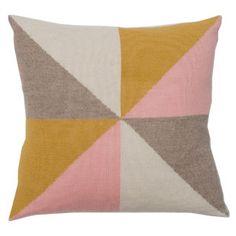 lucky boy sunday - bobby pillow