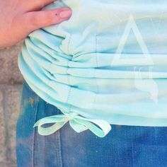 T-Shirt Upcycle Tutorial - The Best Upcycling Ideas - . T-Shirt Upcycle Tutorial – The Best Upcycling Ideas – Source by kunsthandw Upcycle T Shirts, Sewing Hacks, Sewing Tutorials, Sewing Crafts, Upcycled Crafts, Sewing Tips, Fabric Crafts, Sewing Patterns Free, Free Sewing