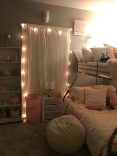Cute Bedroom Decor, Room Design Bedroom, Room Ideas Bedroom, Small Room Bedroom, Pinterest Room Decor, Dorm Room Bedding, Chill Room, Aesthetic Bedroom, Dream Rooms