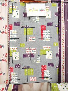 this quilt blows my mind.  MUST MAKE ONE SIMILAR.