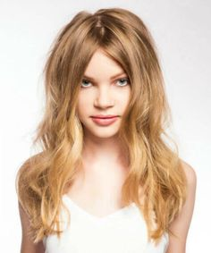 Flattering Long Layered Hairstyles for Girls to Try Right Now Layered Hairstyles, Medium Hairstyles, Popular Hairstyles, Latest Hairstyles, Girl Hairstyles, Judy Hopps, Mid Length Hair, Gorgeous Hair, Beautiful