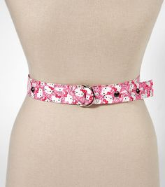 Love this #DIY Hello Kitty Duck Tape belt! #creativitymadesimple