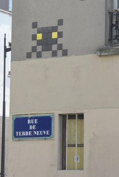 Le Space Invader de la rue de Terre-Neuve  (Paris 20ème)