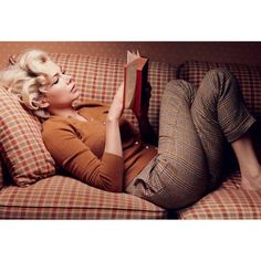 Michelle Williams by Annie Leibovitz for Vogue US October 2011 ❤ liked on Polyvore