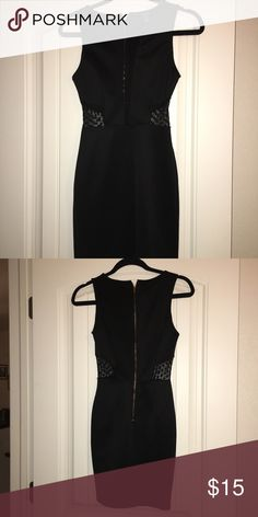 Forever 21 dress with lace Classy, pretty little black dress in great condition Forever 21 Dresses Mini
