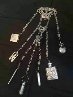 Antique Jewelry, Vintage Jewelry, Jewelry Art, Viking Dress, Diy Jewelry Inspiration, Cosplay, Vintage Scarf, Silver Filigree, Vintage Handbags