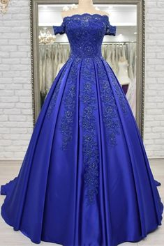Royal Blue Satin Appliques Ball Gown Prom Dresses Off Shoulder Crystals Lace up Formal Evening Party Dress Cute Prom Dresses, Grad Dresses, Colored Wedding Dresses, Ball Gowns Prom, Evening Gowns, Evening Party, Beaded Lace, Lace Applique, Formal Gowns