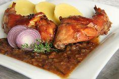 V kuchyni vždy otevřeno ...: Králík s cibulovou omáčkou na víně Tandoori Chicken, Ham, Food And Drink, Cooking Recipes, Ethnic Recipes, Rabbit Recipes, Hams, Chef Recipes