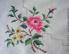 Vintage hand embroidered tablecloth 34 by 34: