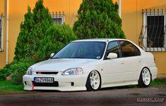Honda Civic Sedan (1)