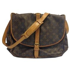 Pre-Owned Louis Vuitton #8271 Saumur 30 Messenger Diaper Monogram... ($245) ❤ liked on Polyvore featuring bags, messenger bags, brown, brown messenger bag, crossbody bags, monogrammed messenger bags, leather cross body bag and genuine leather messenger bag