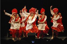 Traditional folk dance and music of Punjab, Bhangra is perhaps the most powerful and dance beat that instantly injects adrenaline in to your veins and charges your emotions. Cool Dance, Dance Art, Bhangra Dance, Happy Baisakhi, Punjabi Culture, Royal Indian, Shall We Dance, Punjabi Wedding, Dance Fashion