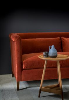 Noelle sofa with clyde side table