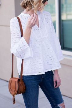White eyelet top with bell sleeves női divat, cholik, csinos outfitek, hétk Blouse Styles, Blouse Designs, Simplicity Fashion, Lace Top Dress, Eyelet Top, Couture Tops, African Fashion Dresses, Corsage, Blouses For Women