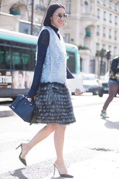 Street Style Paris Fashion Week - Street Style Photos from PFW - Elle #EZONEFASHION