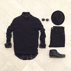 The latest men's fashion including the best basics, classics, stylish eveningwear and casual street style looks. Shop men's clothing for every occasion online Rugged Style, Mens Casual Suits, Look 2015, All Black Fashion, Outfits Hombre, Expensive Clothes, Professional Wardrobe, Mens Trends, Outfit Grid