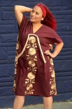 Mexican Embroidered Dress / Tunic / Huipil de by Vtgantiques, $150.00