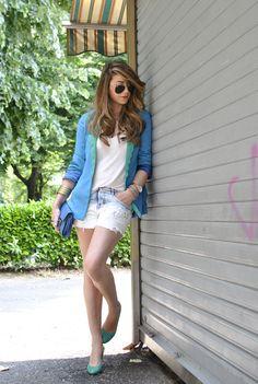 Scent of Obsession - Fashion Blogger: Não sabe como usar cor no inverno... se joga no blazer colorido!