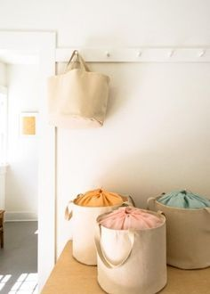 Quality Sewing Tutorials: Drawstring Bucket Tote tutorial from Purl Soho
