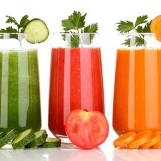 First something's good, then it's bad, then it's good again -- we are bombarded by nutrition research, and every bit of news risks becoming a food trend. So really, what should you drink?