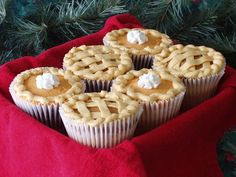 Pumpkin pie cupcakes by Rachel from Cupcakes Take the Cake, via Flickr