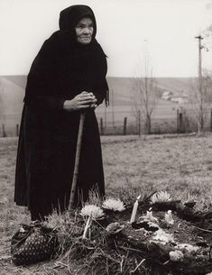 Martin Martinček Dušičky V (All Souls) 1965 - 1966 Who Runs The World, People Of The World, All Souls Day, Words Of Comfort, My Land, Vintage Photographs, Old Women, Folklore, Old Photos