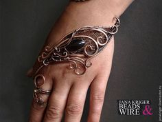 To quote Macklemore: this is f*cking awesome Hand Jewelry, Copper Jewelry, Wire Jewelry, Body Jewelry, Jewelry Crafts, Beaded Jewelry, Jewelery, Handmade Jewelry, Bijoux Fil Aluminium
