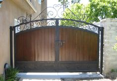 Model 12 privacy entry gates